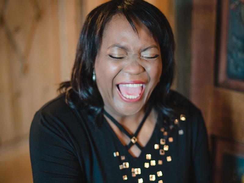 Gail Anderson – Sängerin